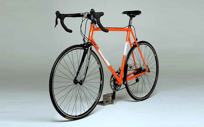 road-bike-orange-800x500