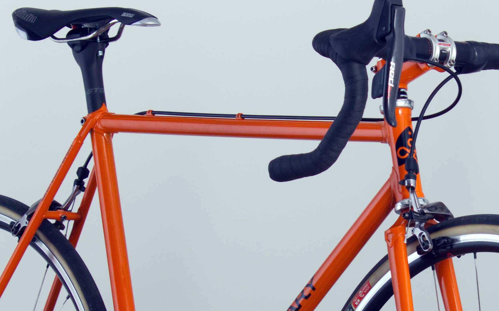 Orange-road-lugged-original-close-up-1747x1090