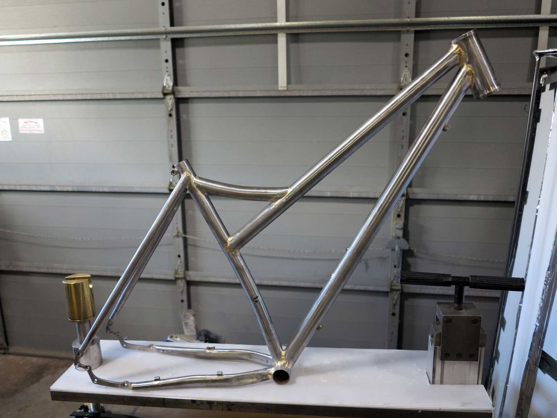 mtn-bike-frame-before-plaid